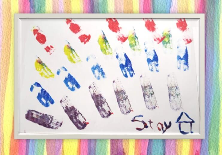 室内遊びアイディア、絵の具、スポンジを利用